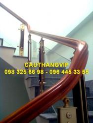Cầu thang kính cường lực VIP K05
