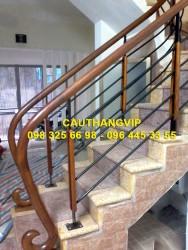 Cầu thang sắt VIP S22