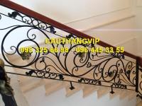 Cầu thang sắt nghệ thuật đẹp VIP SMT17