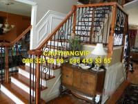 Cầu thang sắt nghệ thuật đẹp VIP SMT18