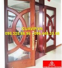 Cửa 2 cánh gỗ tự nhiên đẹp VIP C205