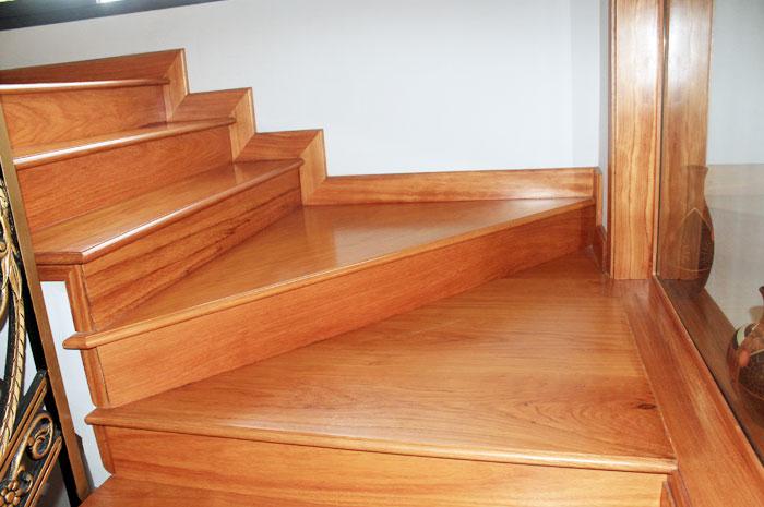 Dịch vụ ốp gỗ mặt cầu thang