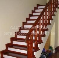 Cầu thang gỗ đẹp VIP-G11