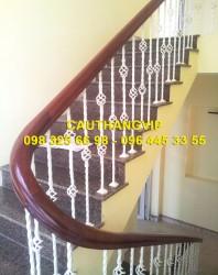 Cầu thang sắt nghệ thuật đẹp VIP SMT19